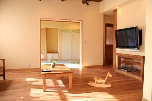 施工例紹介:掛川市F様邸・光の満ち溢れる無垢の家・前編